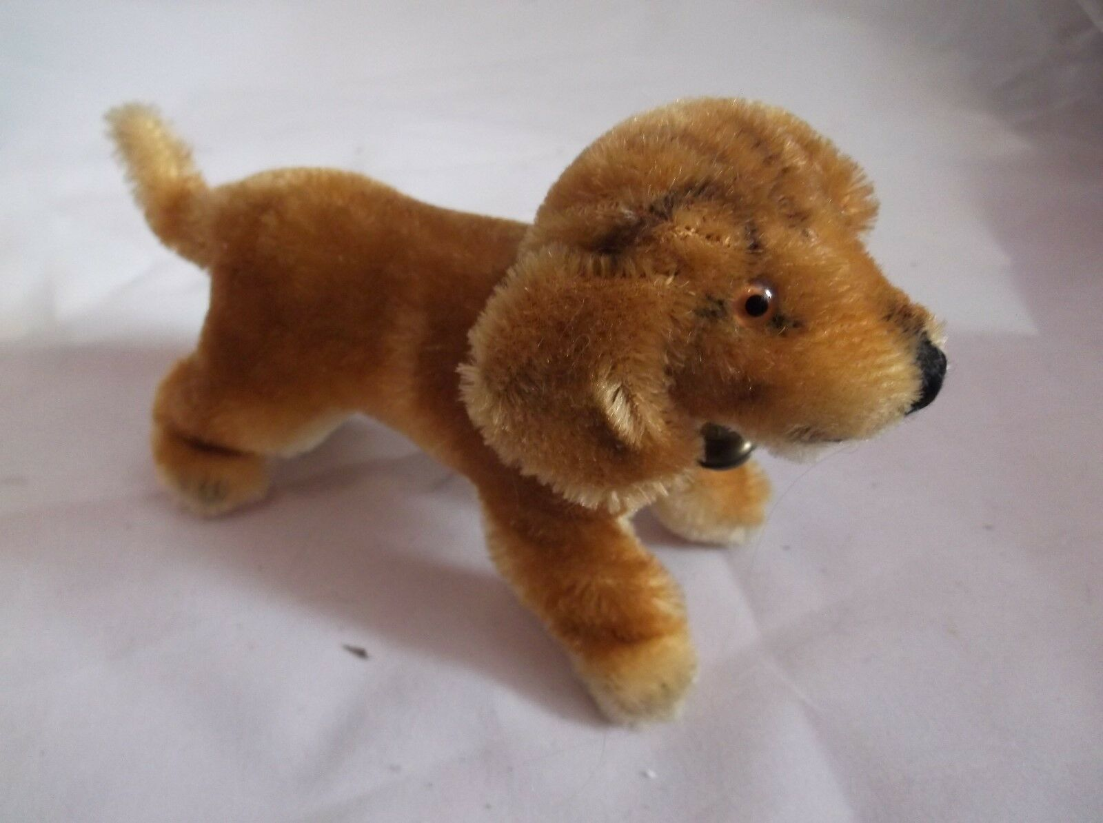 Steiff Biggie Beagle Dog 4  Tall  Mohair 1310.00  w collar & bell Tag Ear Button