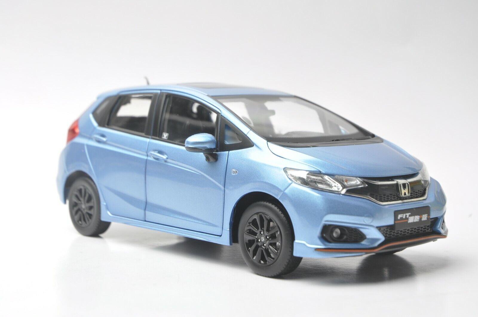 Honda Fit Sport 2018 modèle de  voiture en échelle 1 18 Bleu  derniers styles