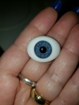 22mm Glass Paperweight Eyes From Global