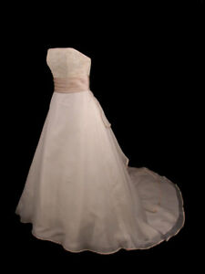 GORGEOUS-ALFRED-ANGELO-A-LINE-IVORY-CAFE-BRIDAL-GOWN-WEDDING-DRESS-10