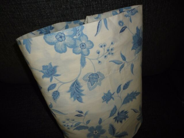 MAINSTAYS BLUE & OFF WHITE FLORAL FLAT SHEET BOYS  78 X 94 COTTON BLEND