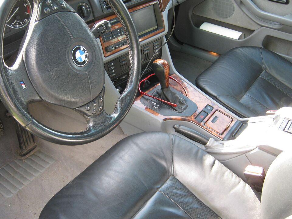 BMW 528i, 2,8 Touring Steptr., Benzin