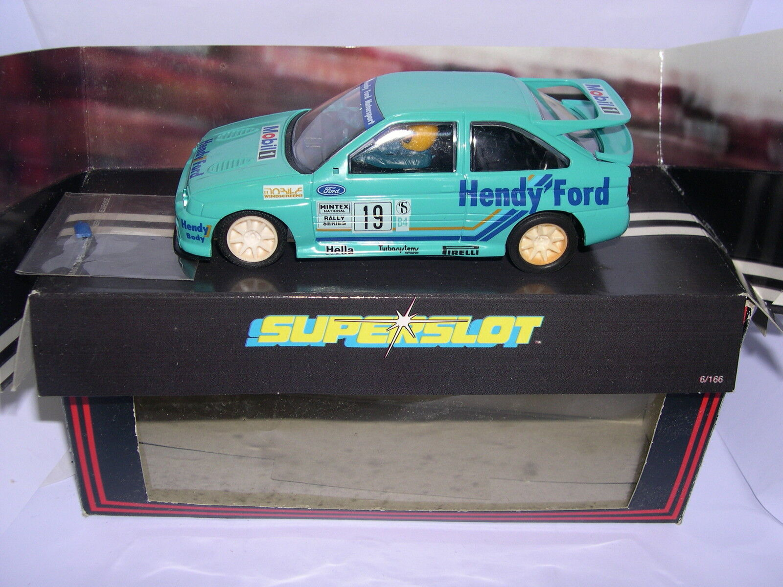 Superslot H403 Ford  Escort Cosworth  19 Hendy Scalextric UK MB  al prezzo più basso