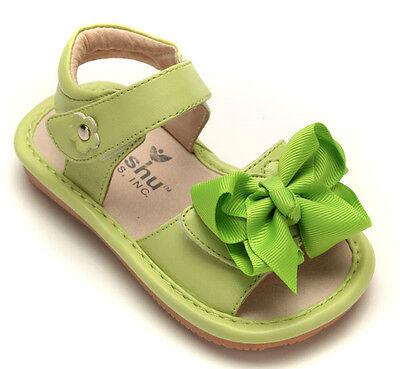 MOOSHU Trainers Squeeker Shoe Add A Bow Hot Pink Sz 7-8