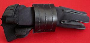 SWAT Police Security Sav-A-Jake Leather Glove Holder Horizontal Carry