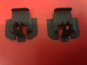 2-x-ELECTROLUX-CHEF-SIMPSON-WESTINGHOUSE-OVEN-CLIP-MOUNTING-ELEMENT-0125008409