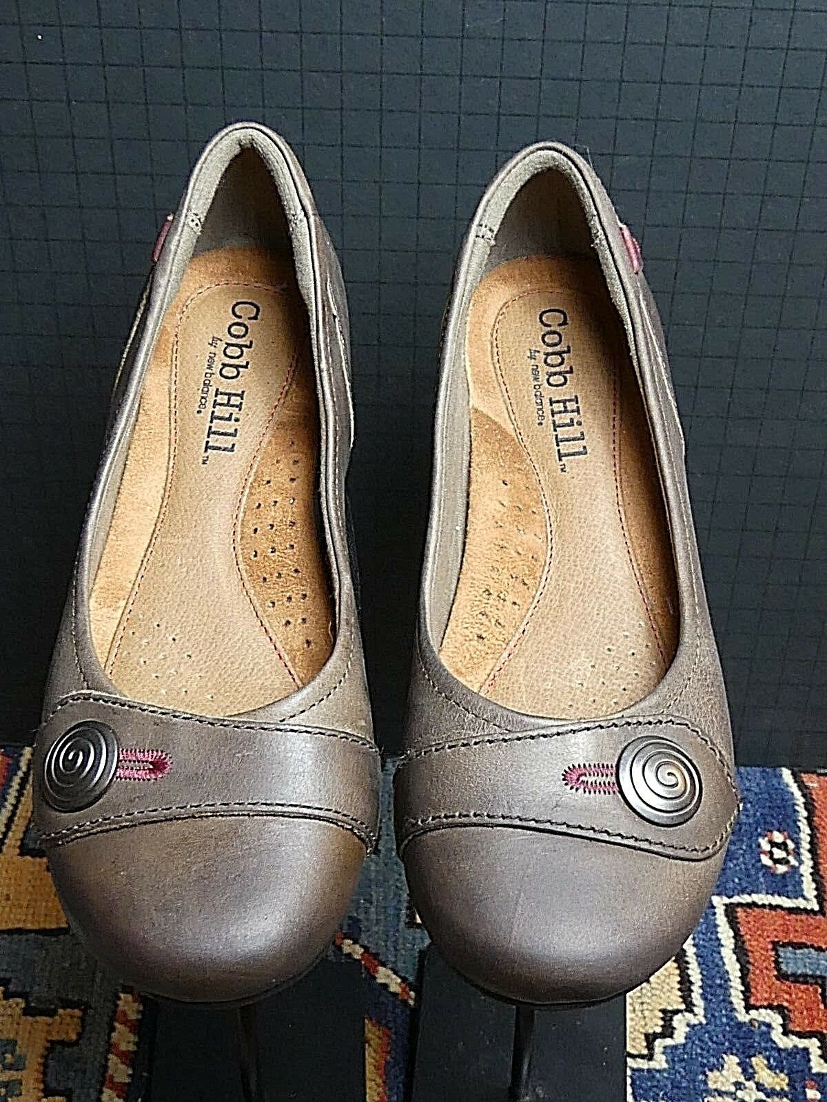 Women's Cobb Hill Light Tan Oiled Leather Flat Sz. 6.5M MINTY
