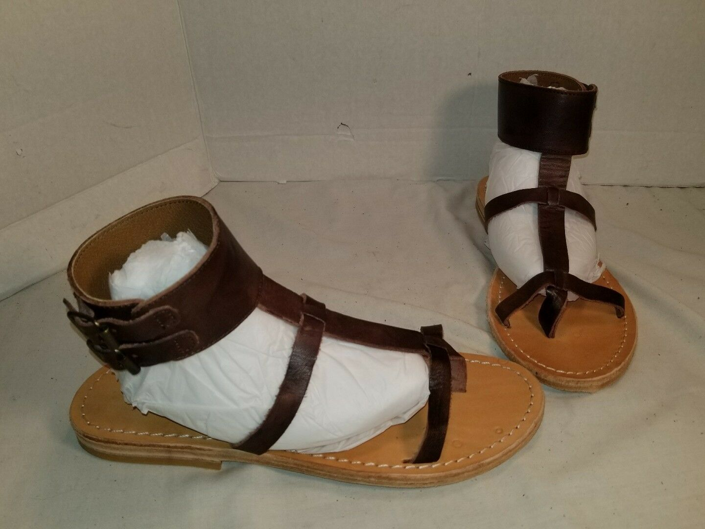 NEW FARYLROBIN BAJA CUFF braun LEATHER damen SANDALS US Größe 9