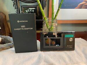 Vintage-Hitachi-VHS-Cassette-Adapter-TA-2-VCR-VHS-Japan-RCA-ZENITH-RARE-Case
