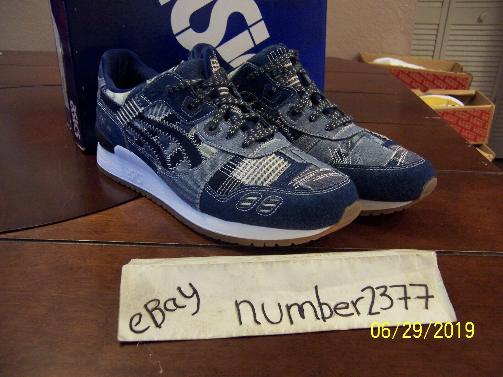 New Asics Gel Lyte  III Denim patch Dimensione 11  prezzi all'ingrosso