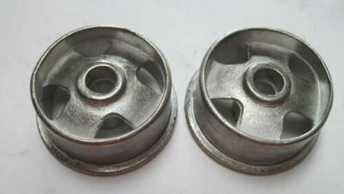 vintage Smith Miller GMC replacement pair of 4 hole hubs
