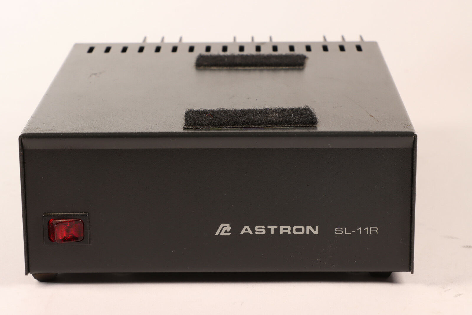 Astron SL-11R Regulated Power Supply 13.8V used. Buy it now for 30.00