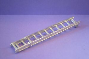 Dinky-Fire-Engine-Base-Ladder-No-955-555-White-Metal-Casting-spare-parts