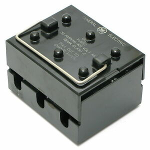 details about general electric 116b4075 600vac 30a 3-pole pull-out fuse box