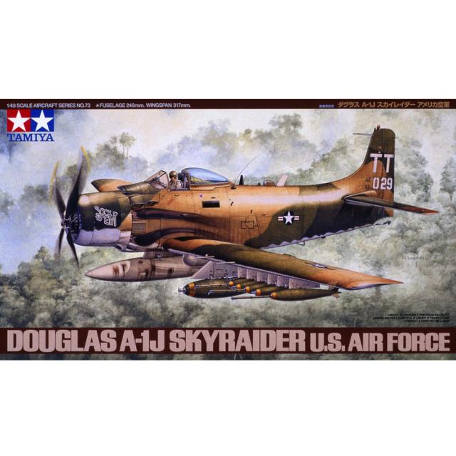 Tamiya 61073 Douglas A-1J Skyraider U.S. Air Force 1/48