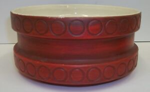 Vintage-USA-83-Art-Pottery-Round-Matte-Red-Flower-Planter