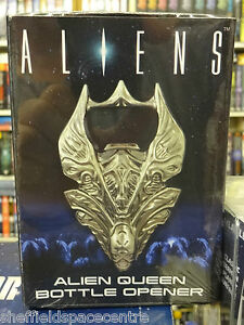 Aliens-Alien-Queen-Bottle-Opener-from-Diamond-Select