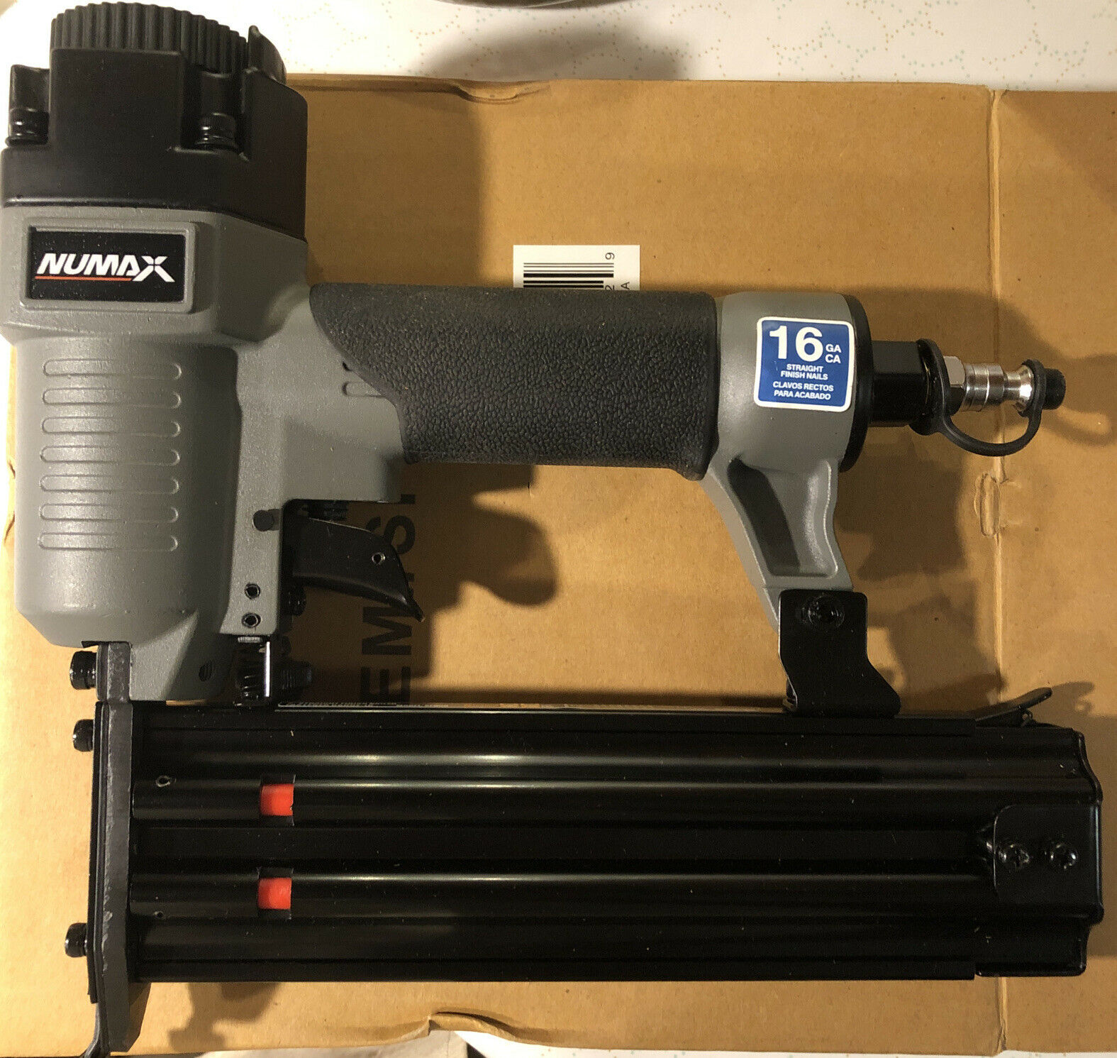 SFN50 9050ted NuMax SFN50 Pneumatic 16 Gauge 2 Straight Finish Nailer NIB