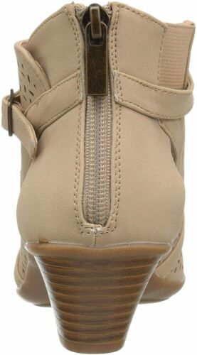 Details about  /Easy Street Women/'s Carrigan Ankle-High Leather Boot