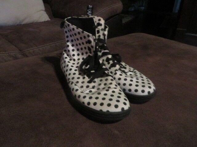 Dr. Martens Women's Canvas Tennis Shoes, Size 7