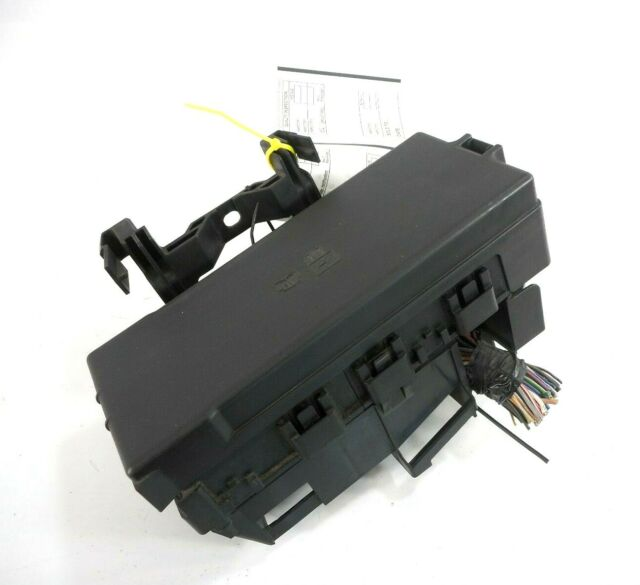 lincoln mkt fuse box 09 12 lincoln mks engine relay fuse box fusebox oem 8g1t 14a003 ac 2014 lincoln mkt fuse box location fuse box fusebox oem 8g1t 14a003 ac