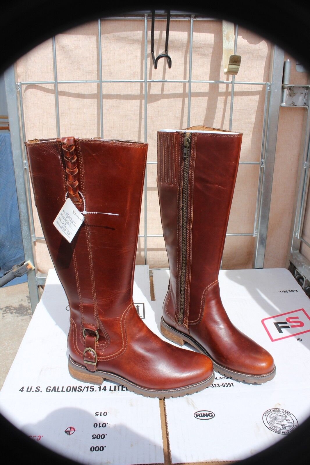 26-18 New Womens zipper Ariat Boots 6 B  water resist beautiful color was 260