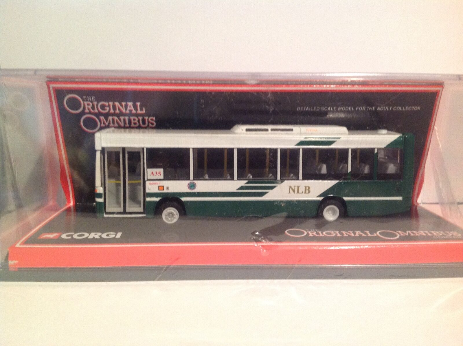 OM42814 Dennis Dart SLF New Lantao Bus LTD Edition No. 0687 of 2000