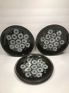 3-MIKASA-DINNER-PLATES-RAVENNA-7505-039-039-MAJORCA-039-039-DAISIES-ON-BROWN-JAPAN-10-1-2-039-039