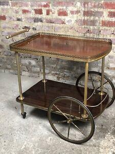 Desserte / table roulante vintage en métal doré et Formica 70'S