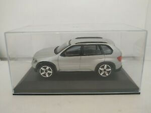 1-43-BMW-X5-X-5-COCHE-DE-METAL-A-ESCALA-SCALE-CAR-DIECAST