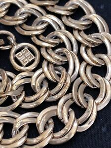 Vintage-Gold-Givenchy-Signed-Twisted-Link-Necklace-Chain-Fold-over-Box-clasp-30