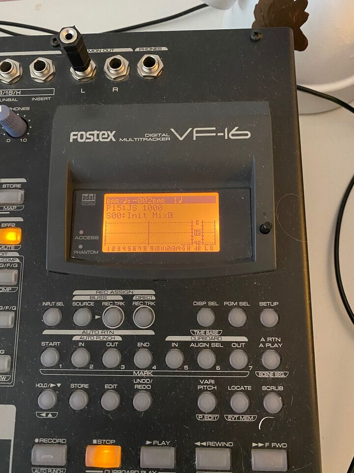 Fostex HD Recorder 16 spor , Fostex VX