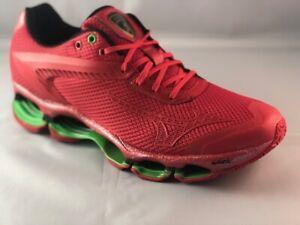 running shoes US 9.5,UK 8.5,Brazil 41