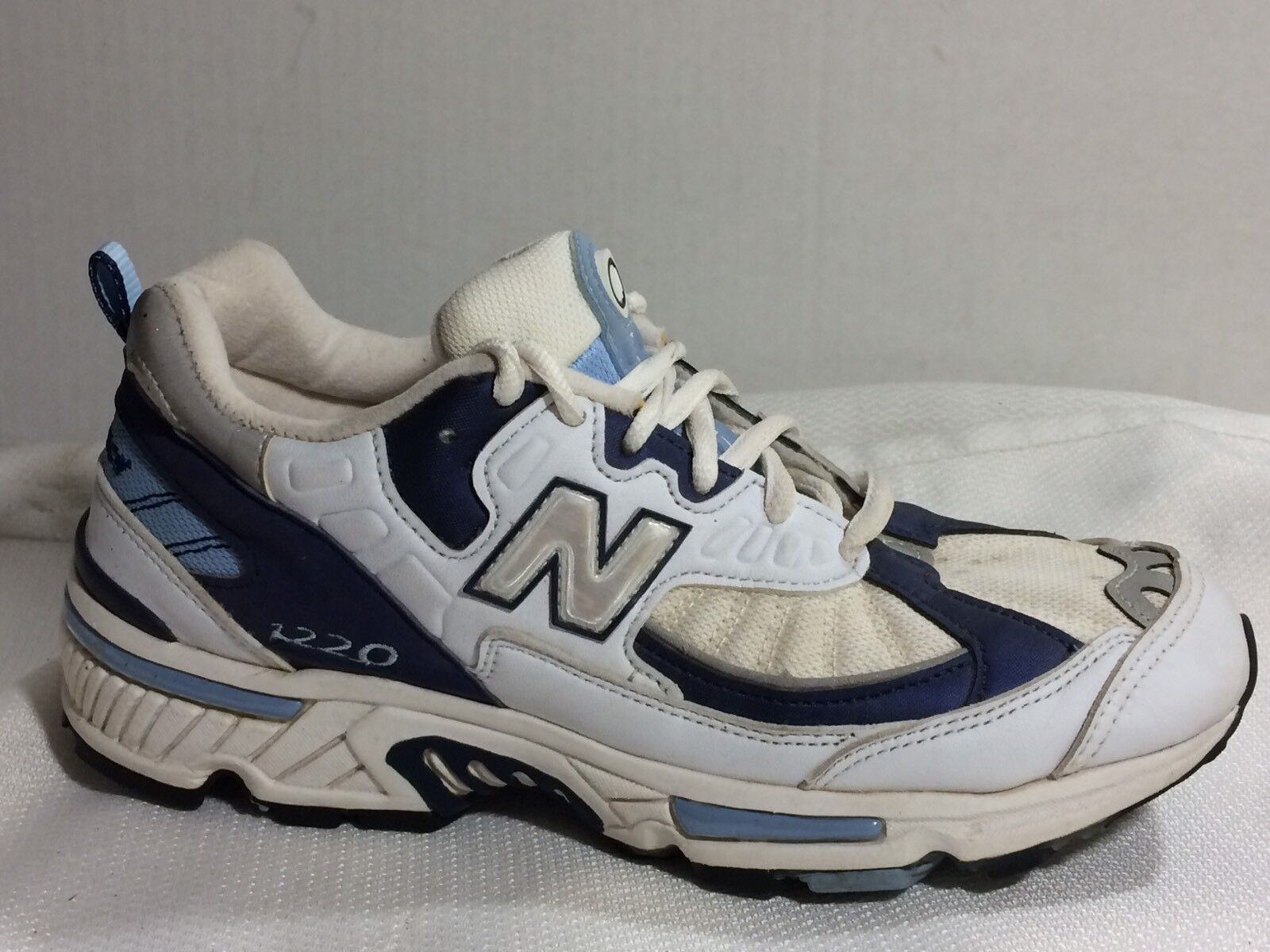 New Balance 1220 Wmns 6.5 Running AA NARROW Running 6.5 Sneaker White Navy Blue Shoe Trainer 9779ca