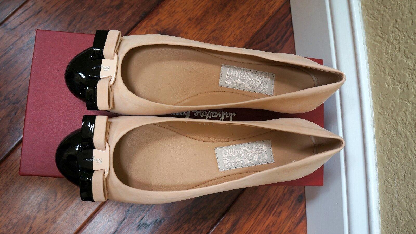 $600 NWT Cap Ferragamo Vara Cap NWT Toe Quarzo Rosa Suede Patent 7B 7.5B 8B GORGEOUS 2a1167