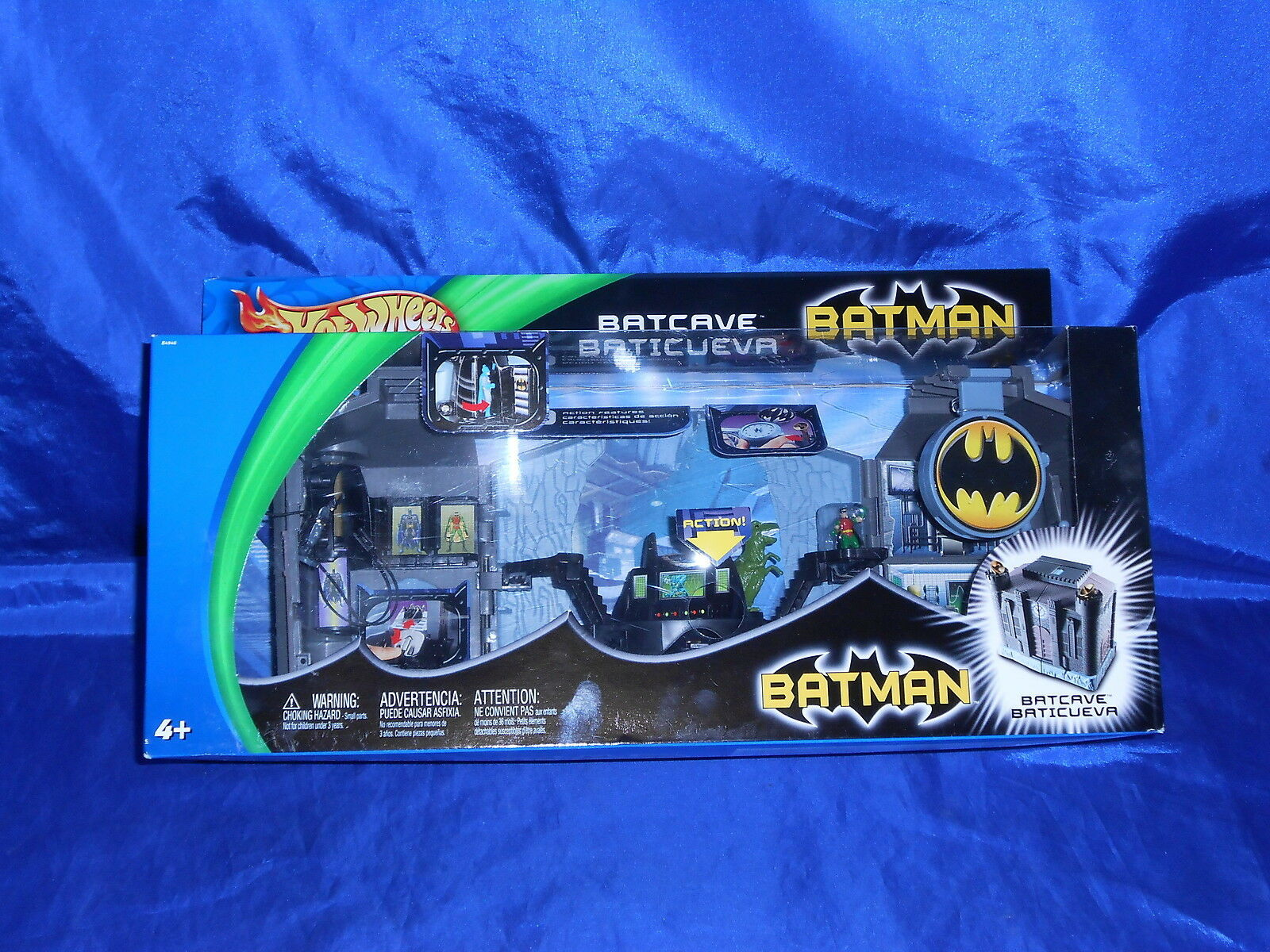 Batman Batcave Hot Wheels W/9 Action Figures Batcueva Still Sealed Mattel 2003