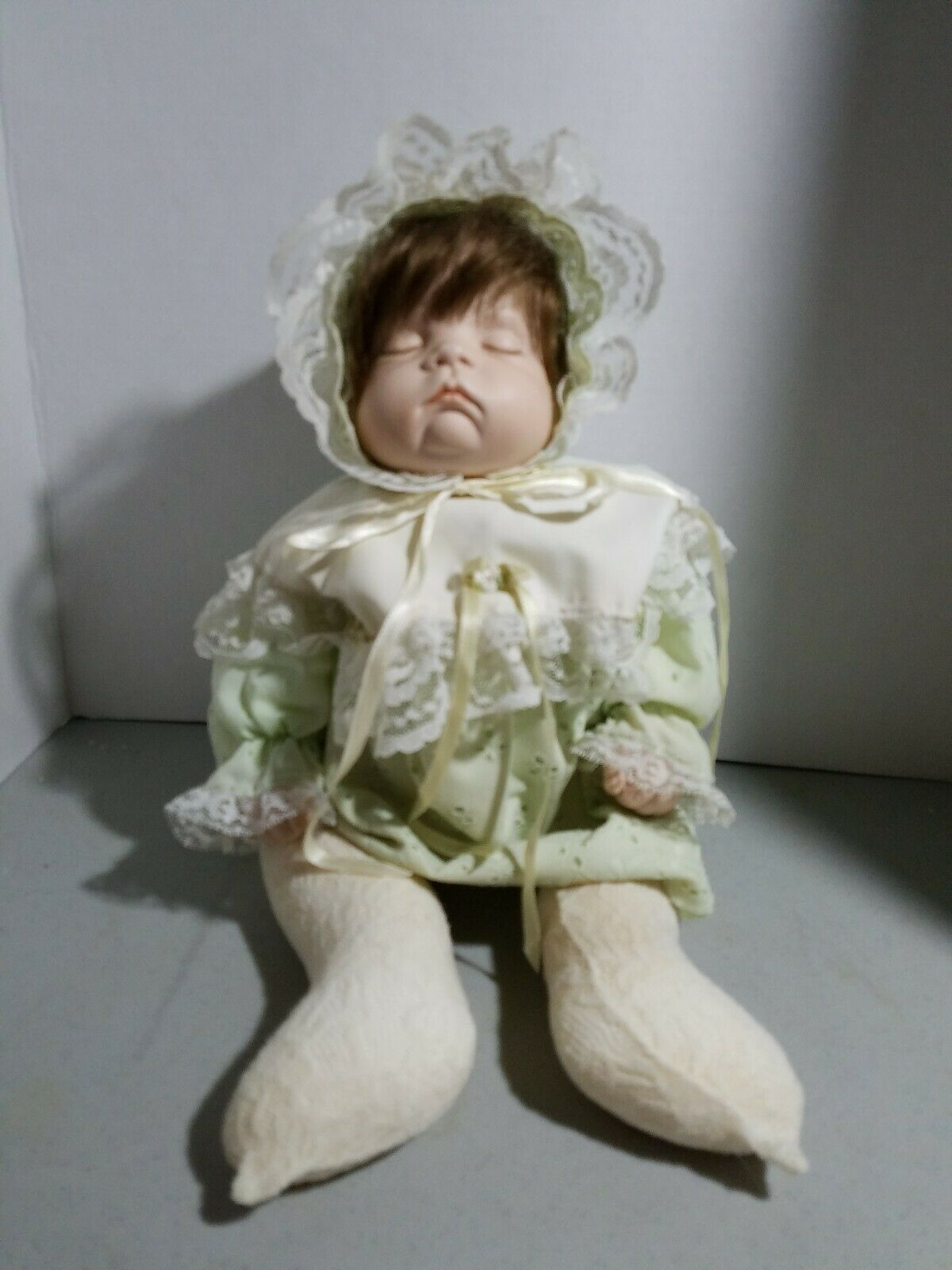 Stiefel Tyner 1996 Sugar Britches Porcelain Baby 19  Doll sleeping signed Myrna