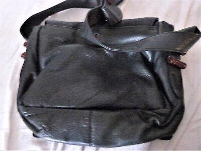 Aus einer Auflösung: Damenhandtasche von Lolique
