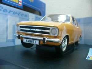 Wow extrêmement rare Opel Kadett B Ls Coupé 1968 Orange 1:18 Revell-mga / auto Art 4009803084305