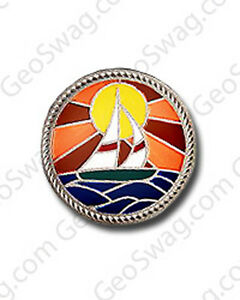 Sail-Boat-Scene-Geocaching-Pin-Badge-Gold-Or-Silver-Finish-Available