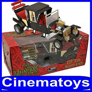 DIAMOND SELECT THE MUNSTERS FAMILY KOACH 1/15 Scale Car Vehicle CON LUCI E SUONI