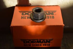 New-Box-of-10-Wheel-Lug-Nut-Dorman-611-085