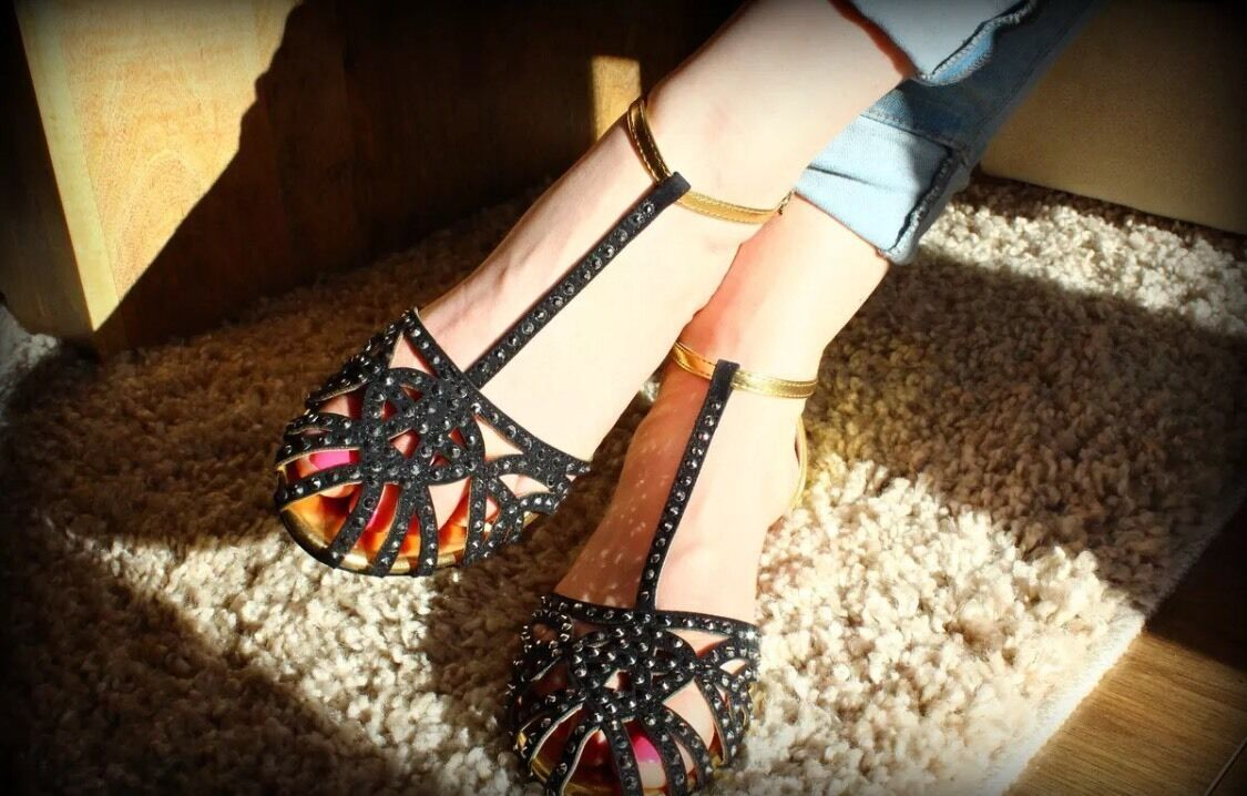 Rare   ZARA gold Black Flat Jelly Studded Sandals Jewelled UK 5 Euro 38
