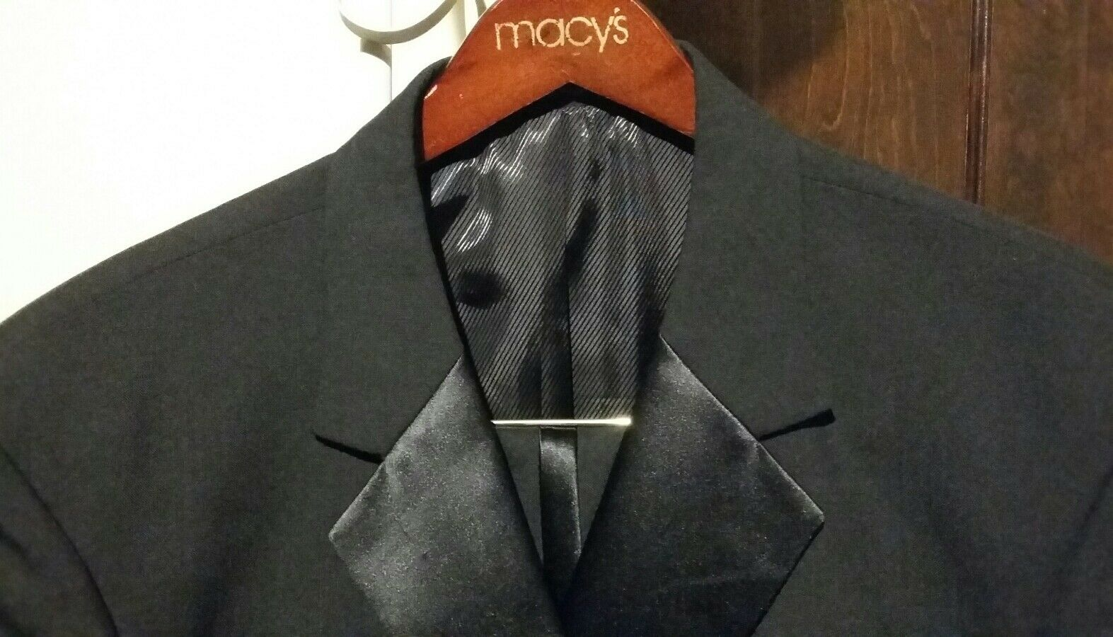 LINEA men 2PC 3BTN Men's Tuxedo Suit Size 43R Pants 38 30