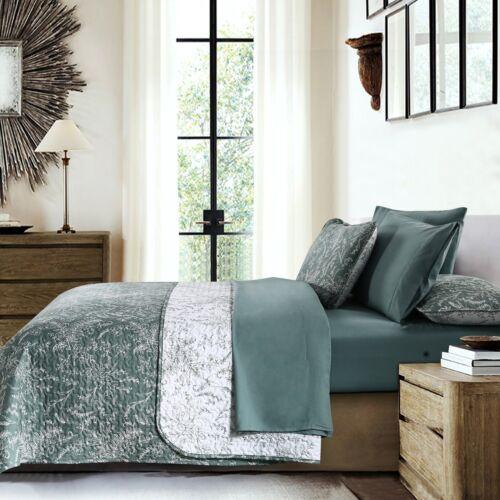 Ultra-Soft Lightweight Reversible Floral Patterned 3-Piece Quilt Set