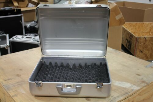 "20.5/"" x 16.5/"" x 7/"" Zero Halliburton Aluminum Hard Case Briefcase"