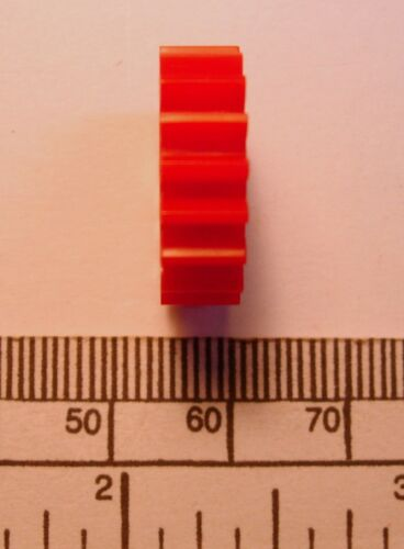 red nylon Gear module 1 4mm bore 18 teeth 20 x 6mm