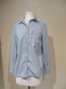 OLD-NAVY-light-blue-denim-button-down-shirt-blouse-top-sz-M
