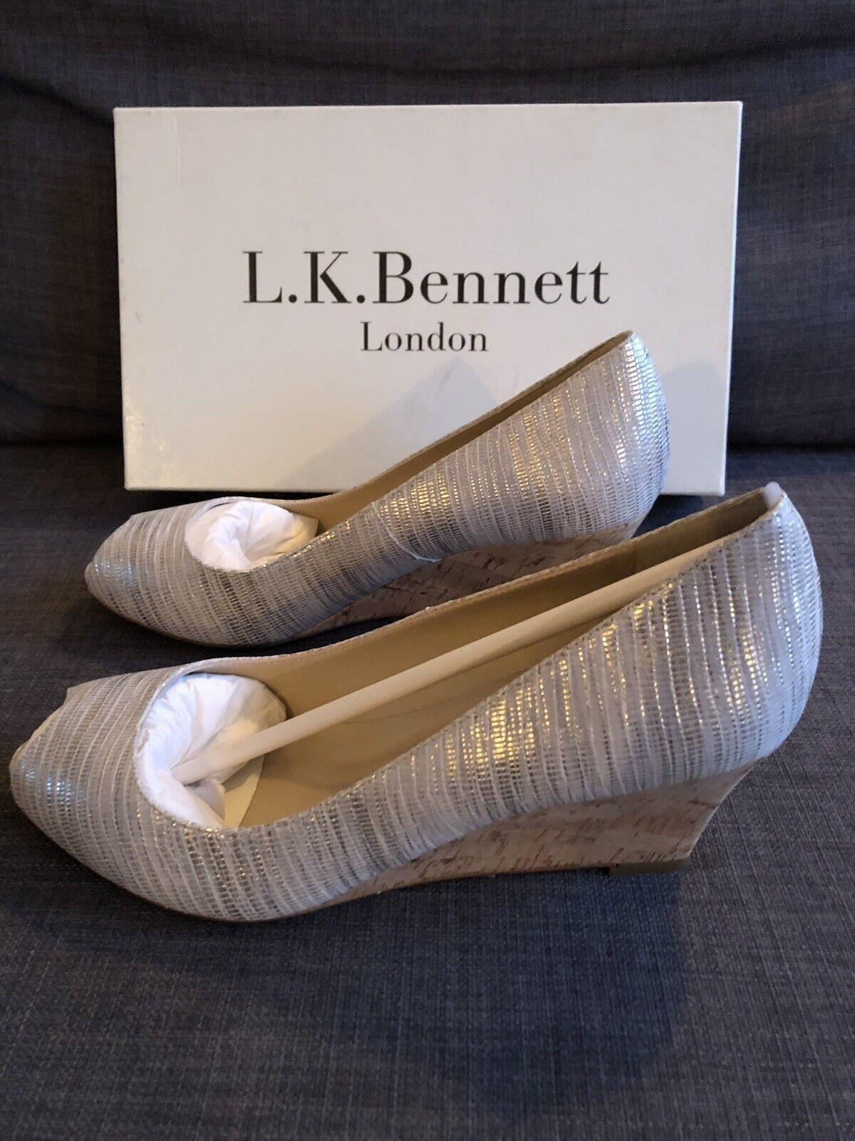 L.K. Bennett Kiki Wedge Heeled Sandals Größe 39, Cream BNWT