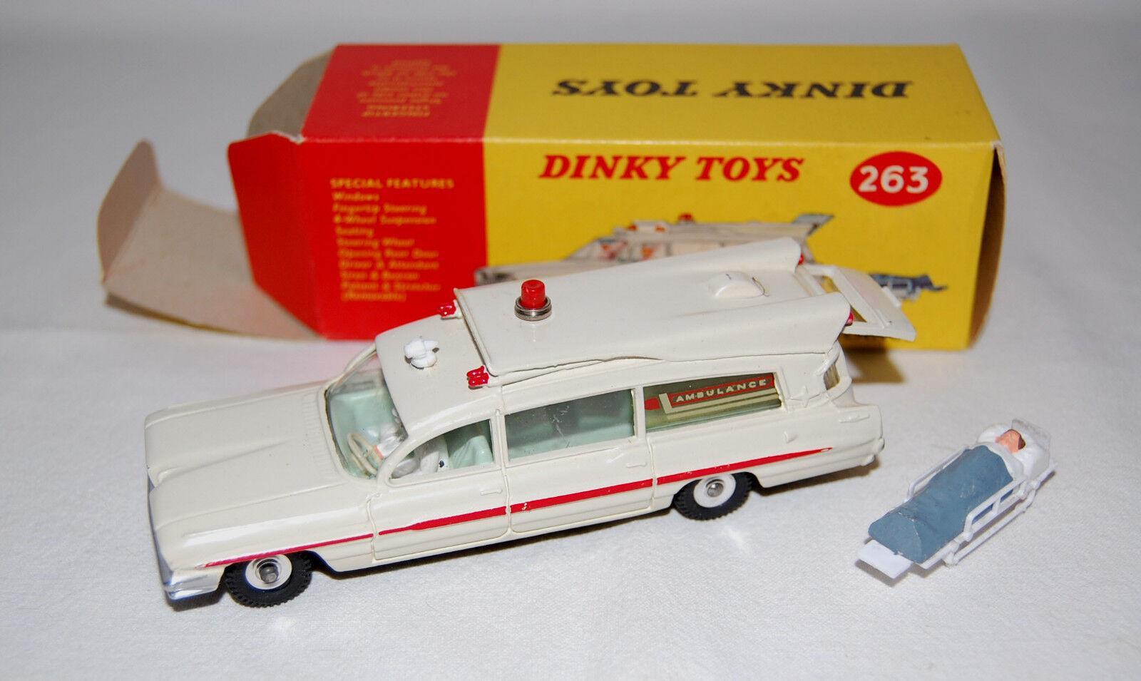 DINKY TOYS ref 263 Ambulance Superior criterion like MIB RARE